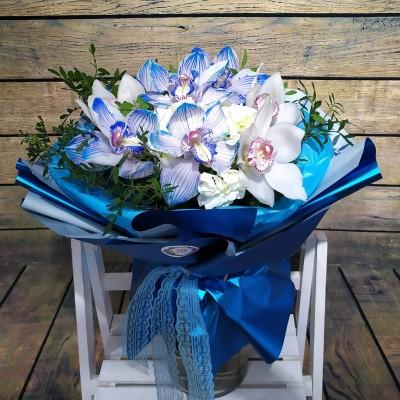 Букет из сказочно-нежных орхидей и гортензии
